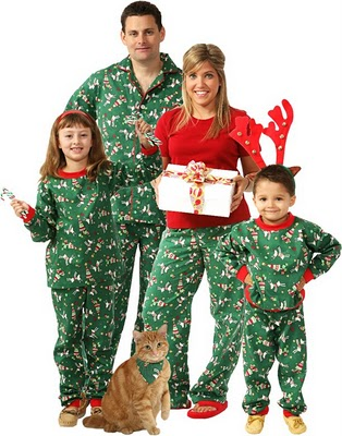 Win Matching Christmas Pajamas For The Whole Family! Snug As A Bug ...