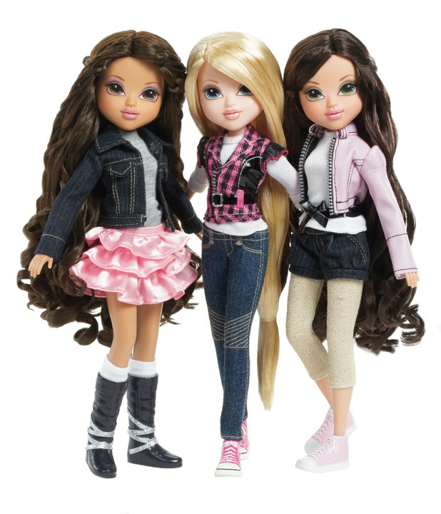moxie girlz magic snow doll giveaway momspotted