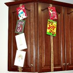 Creative Way to Hang Your Christmas Cards!