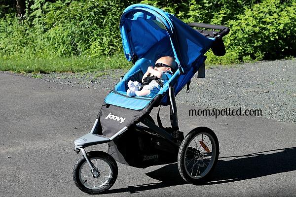 Joovy Zoom 360 Jogging Stroller {Review} - MomSpotted
