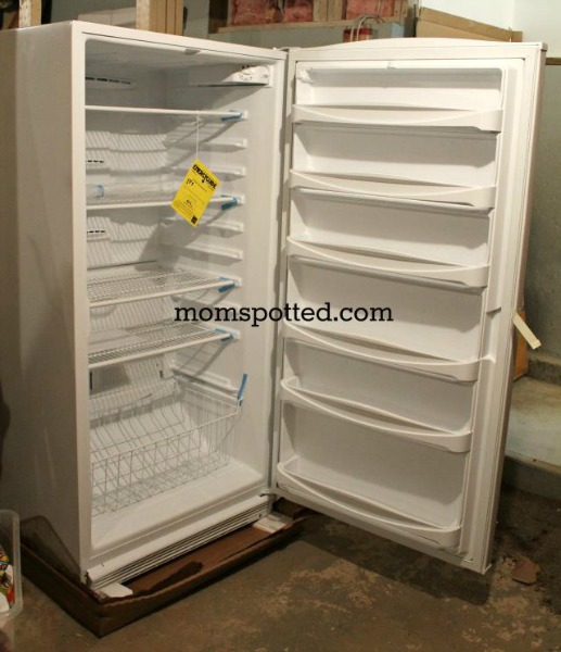Amana 20.1 cu. ft. Upright Freezer 4