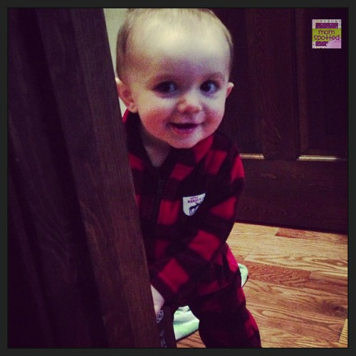 Play peekaboo baby Sawyer James  #momspotted
