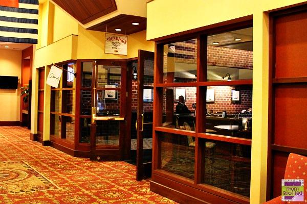 Hilton Mystic Hotel Bar