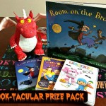 """Room on the Broom"" DVD & Book {Review} & SPOOK-taular #Giveaway"