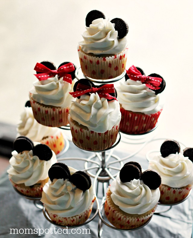 Mickey & Minnie Mouse Cupcakes {Sawyers 2nd Birthday Party} #momspotted #momspotted on Wilton Cupcake stand
