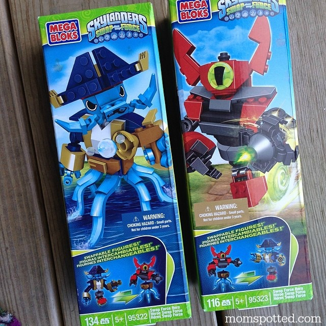 Mega Bloks Skylanders SWAP Force™ Wash Buckler & Magna Charge