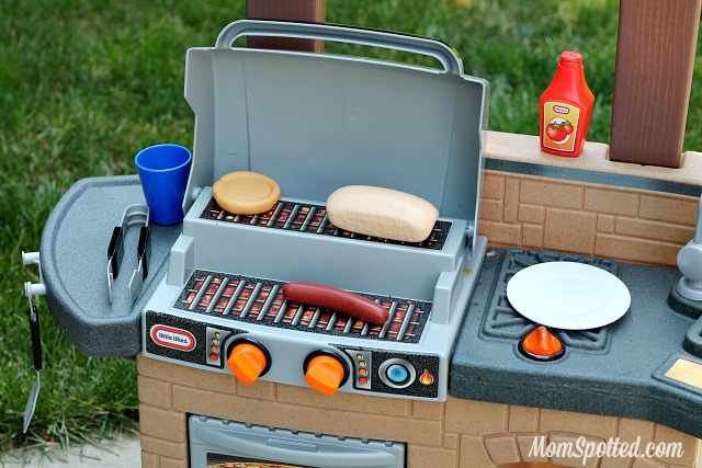 The Little Tikes Cook 'n Play Outdoor BBQ™