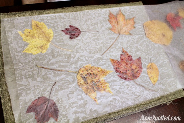Stained Glass from Wax Paper Leaves {Easy Autumn Craft Tutorial} #FunCraftsWithMom