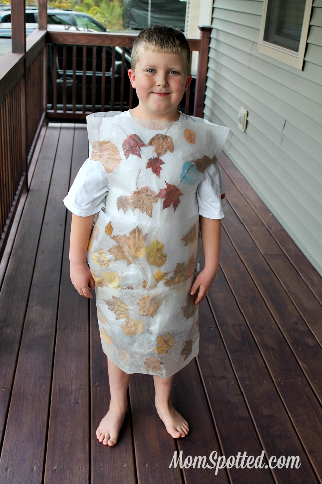 Make Your Own Halloween Costume {DIY Frozen Pond Halloween Costume} #FunCraftsWithMom