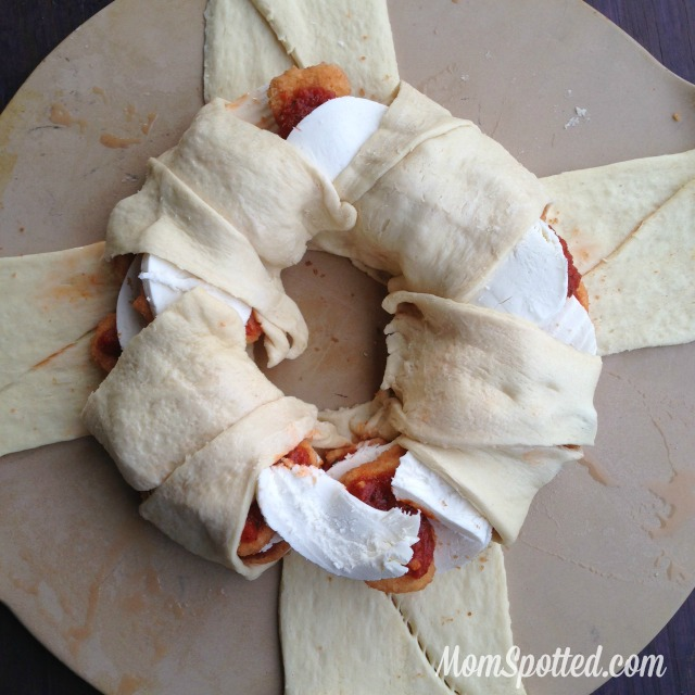 Kid Friendly Chicken Nugget Parmesan Ring Recipe found on MomSpotted.com