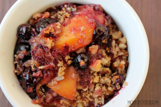 Peach and Blueberry Oat Crisp Recipe { Plus, Gift Card Giveaway!}