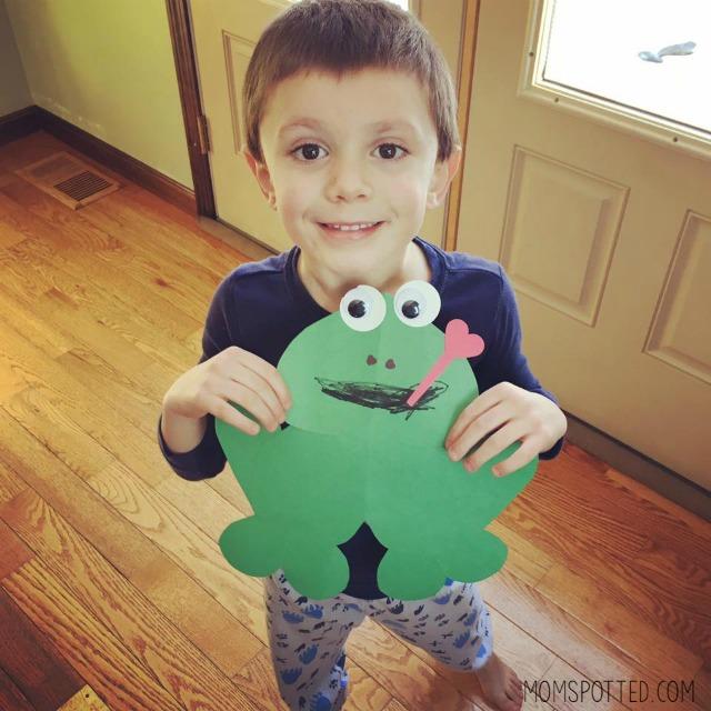 Heart Shaped Frog Valentine Craft for Kids