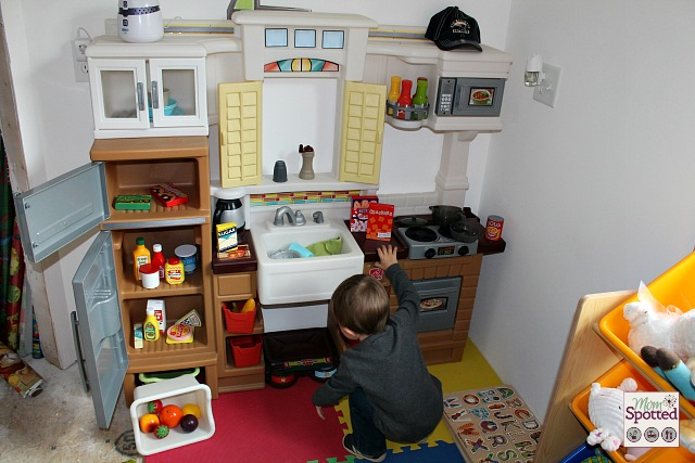 Melissa & Doug Play Food Giveaway from #momspotted & Gummy Lump