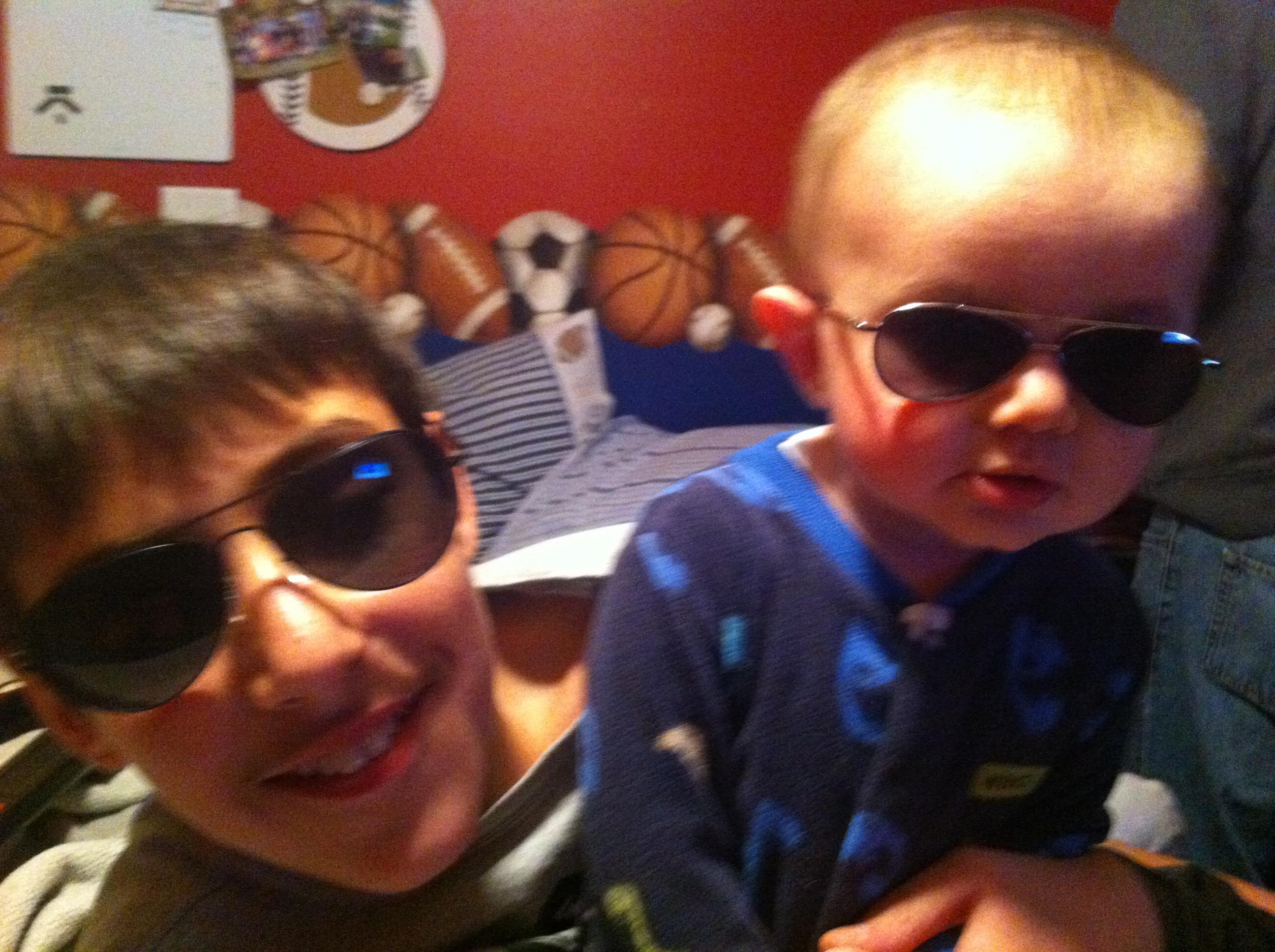 Sawyer Johnny brothers rockstars glasses