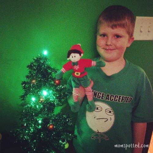 MomSpotted Christmas 2013 Gavin Magic Elf Elfie
