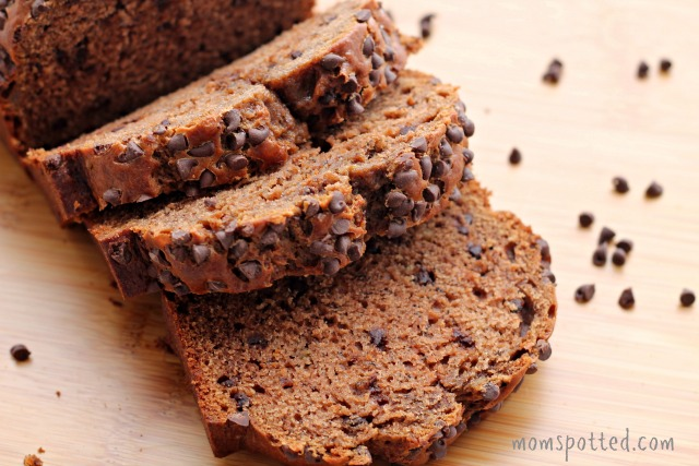 Double Chocolate Chip Banana Bread {#Recipe} #momspotted