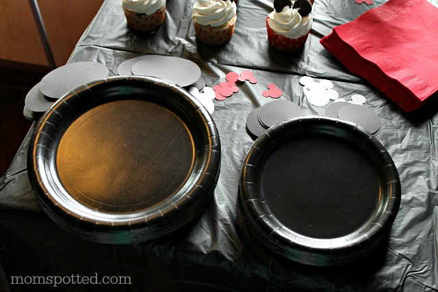 Mickey Mouse Meal Plates Birthday Party DIY