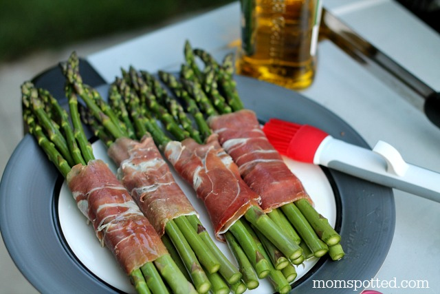Grilled Prosciutto Wrapped Asparagus