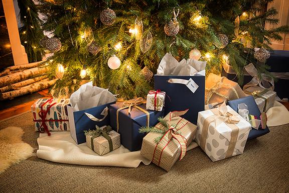 Best Buy Holiday Shopping Xbox One, JBL, Garmin, TomTom