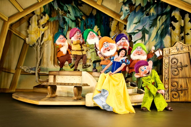Disney Live Three Classic Fairy Tales Snow White