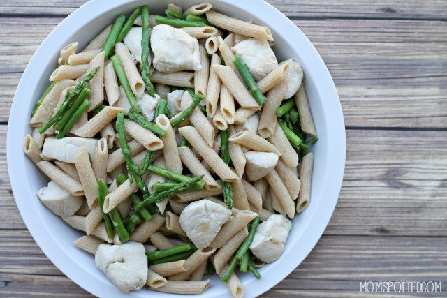 Asparagus & Chicken Pasta Recipe {Great Warm or Cold}