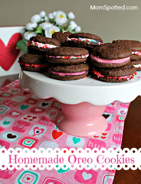 Easy Valentines Day Treat: Homemade Oreo Cookies Recipe