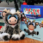 """""""Reindeer In Here"""" Box Set Is A New Magical Family Christmas Tradition"""